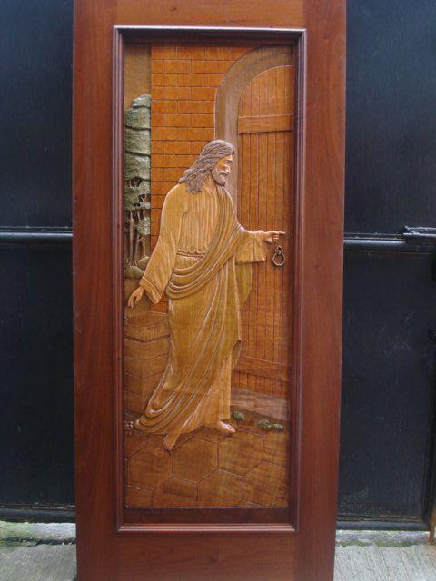 Jesus el buen pastor tocando a la puerta dimas renato - Ver puertas de madera ...