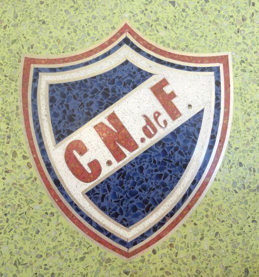 ESCUDO DEL CLUB ATLETICO NACIONAL DE FUTBOL URUGUAY