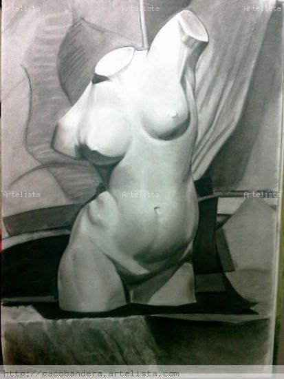 LA ESTATUA Papel Lápiz (Negro) Figura