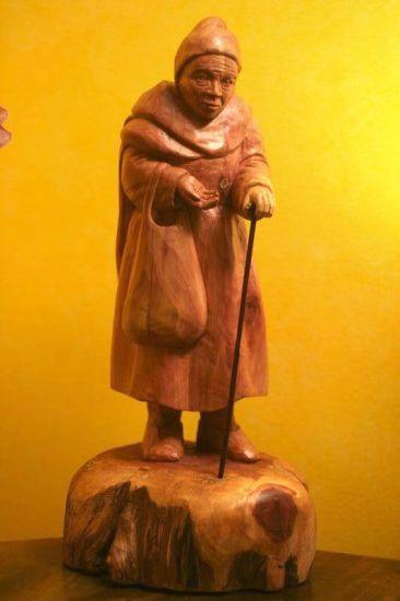 Mendiga II Madera Figurativa