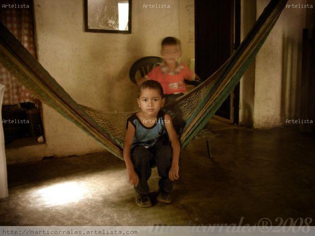 Niños en Hamaca Retrato Color (Digital)