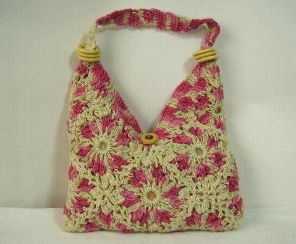 Bolso en pastillas tejidas a crochet Indumentaria Tradicional Varios