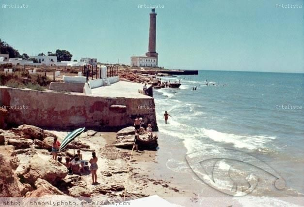 Faro de Chipiona uno de los más altos de España año 1963 Fotoperiodismo y documental Color (Química)