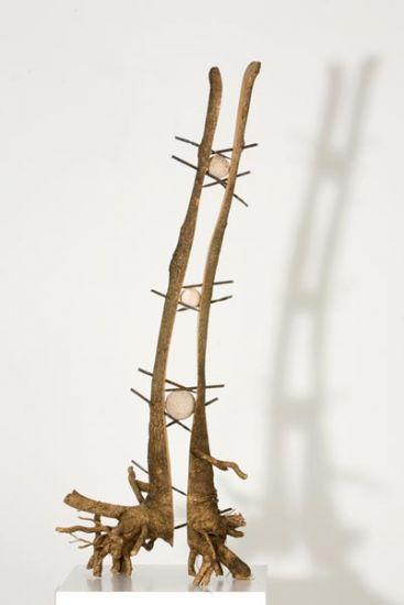 Pequeño gran árbol I  Madera Figurativa