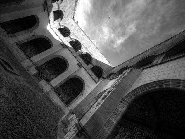 Dioses de los cielos abiertos Blanco y Negro (Digital) Arquitectura e interiorismo