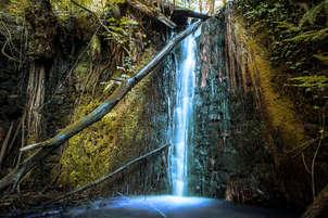 waterfall (cascada)