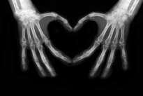 manos haciendo el corazón