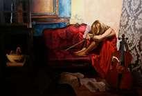 1. mujer de rojo agotada tras ensayar