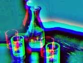 botella y vasos