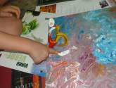 lidia painting at the age of 4/ lidia pintando con 4 años