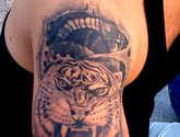 tigre y biomecánico por moacir lemos,tatuador,tatuajes,tattoo,tatús.