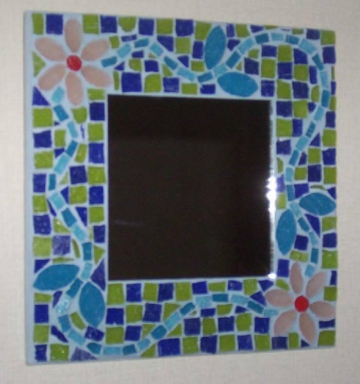 Espejo flores mosaycolor mosaicos for Mosaicos para espejos