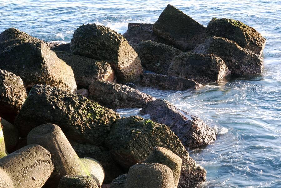 Rocas En El Mar JOSE LUIS VAZQUEZ CARBALLAR