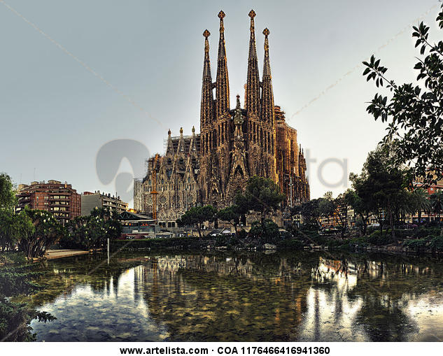 Sagrada Familia (Barcelona) Color (Digital) Architecture and Interiorism