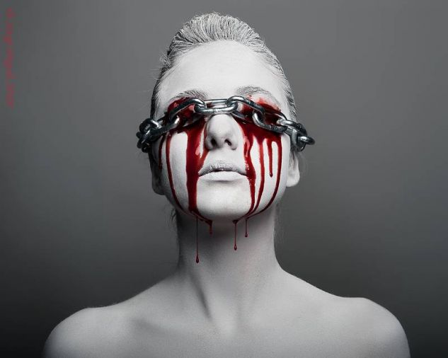 Slave Color (Digital) Conceptual/Abstracto