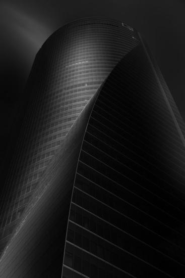 Torre Espacio Blanco y Negro (Digital) Arquitectura e interiorismo