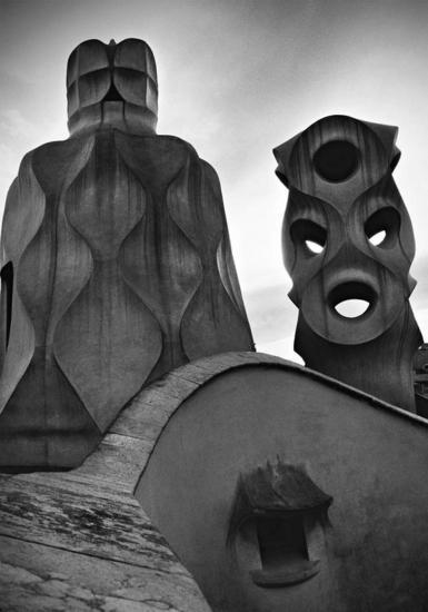 Dama enmascarada con frasco de perfume Blanco y Negro (Química) Arquitectura e interiorismo
