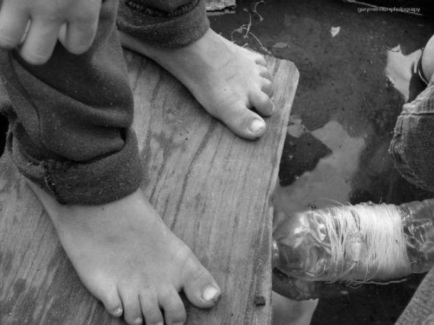 Pies Fotoperiodismo y documental Blanco y Negro (Digital)