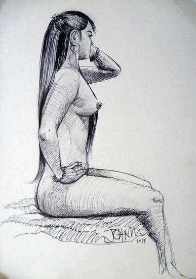 Mujer desnuda y hermosa sentada Rotulador