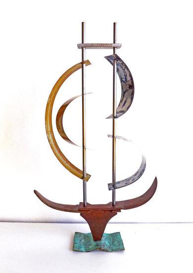 Catamaran Figurativa Metal