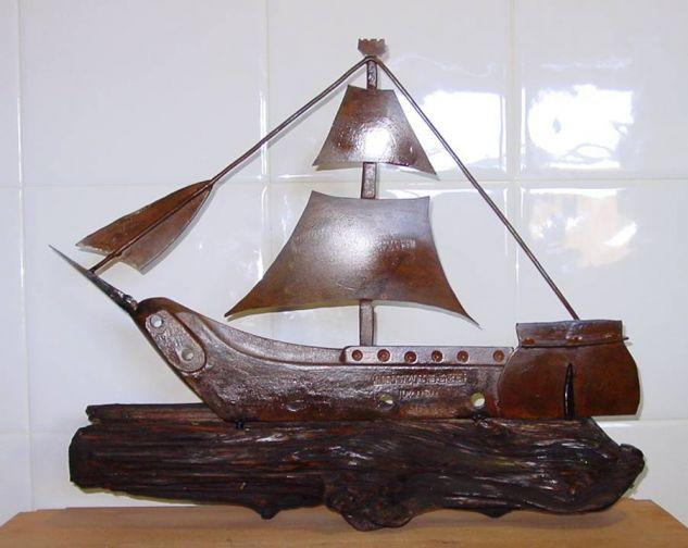 barco 6 Iron Figurative