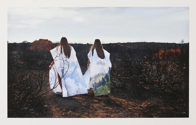 The Sisters, Serie ASHES - Carolina Santos Retrato Técnicas alternativas
