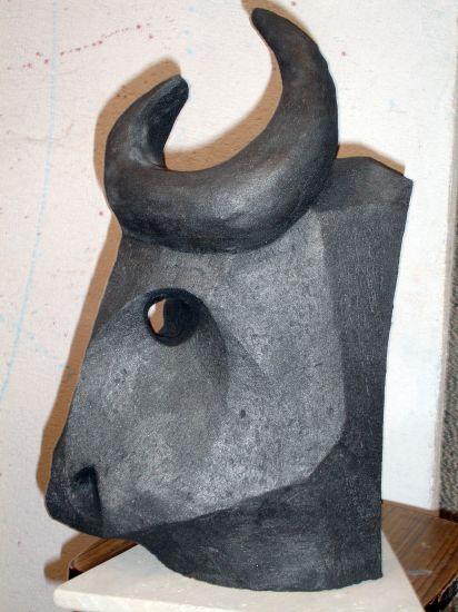 Toro 2010 Terracota Figurativa