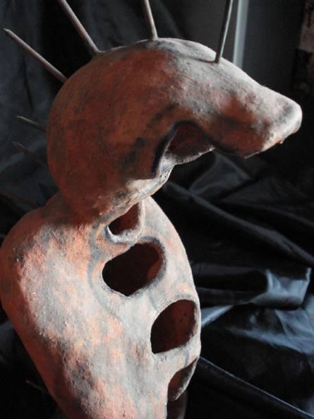 HOMBRE SERPIENTE Figurativa Terracota