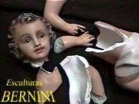 escultura de yeso quebrada en restauracion 01 Otros