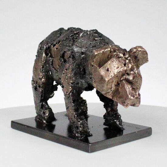 Oso 110-21 Figurative Bronze