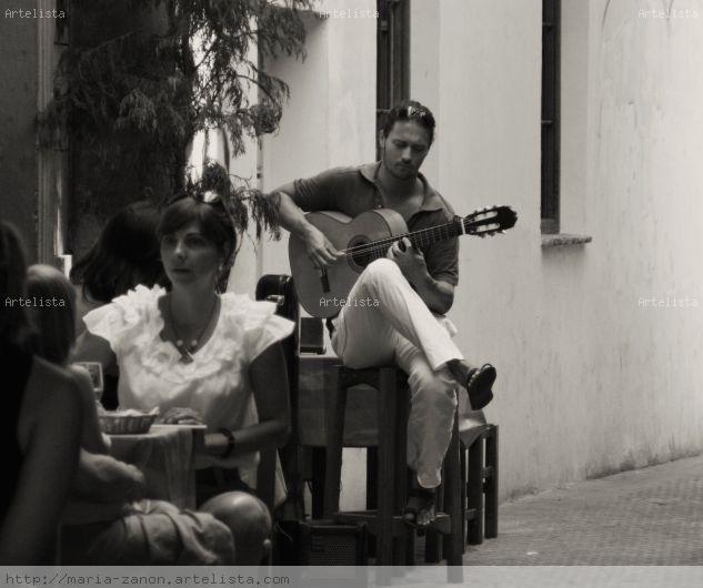 """""""Guitarra"""" Viajes Blanco y Negro (Digital)"""
