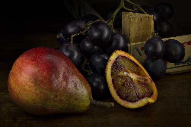 Uvas, pera y naranja Color (Digital) Bodegones