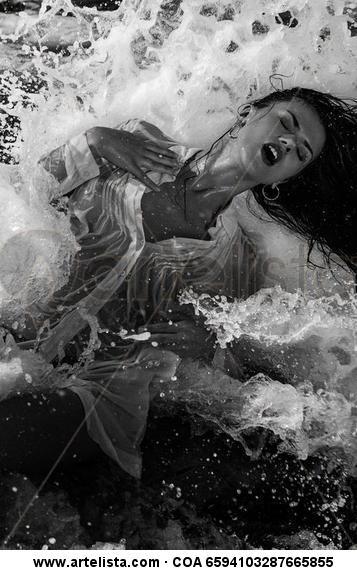 Wave Blanco y Negro (Digital) Retrato