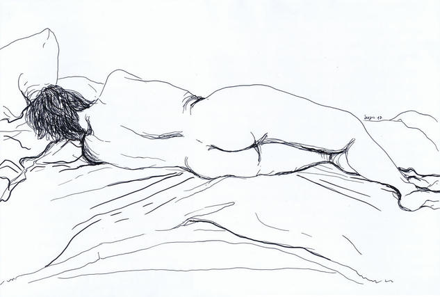 Mujer recostada en la cama Making Pen