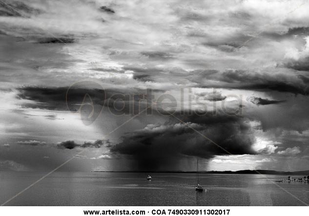 Storm Blanco y Negro (Digital) Viajes