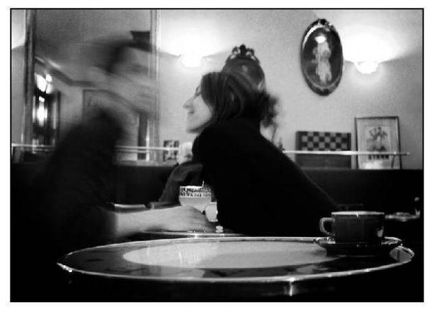 El calor del amor en un bar... Conceptual/Abstracto Blanco y Negro (Digital)