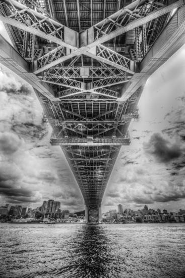 Under the bridge Arquitectura e interiorismo Blanco y Negro (Digital)