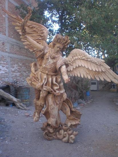 Arcangel San Miguel Madera Figurativa