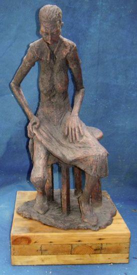 REMEMBRANZA Pottery Figurative