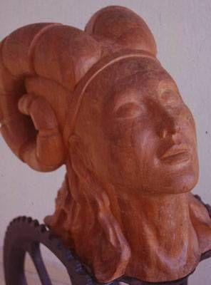 la guerrera soñadora Madera Figurativa