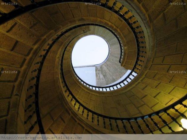 Escalera en espiral nora ver nica s nchez larreteguy - Escalera en espiral ...
