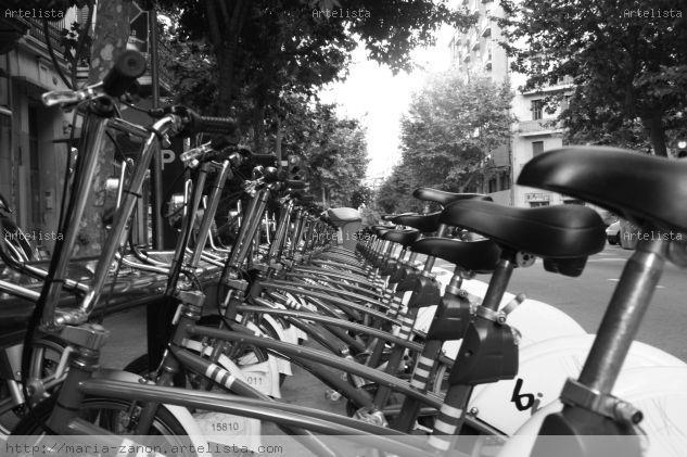 """""""Bicicletas II"""" Viajes Blanco y Negro (Digital)"""