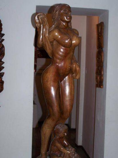 Mujer Madera Figurativa