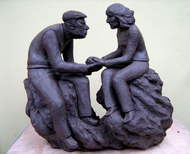Maqueta escultura gran formato Mamá Pottery Figurative