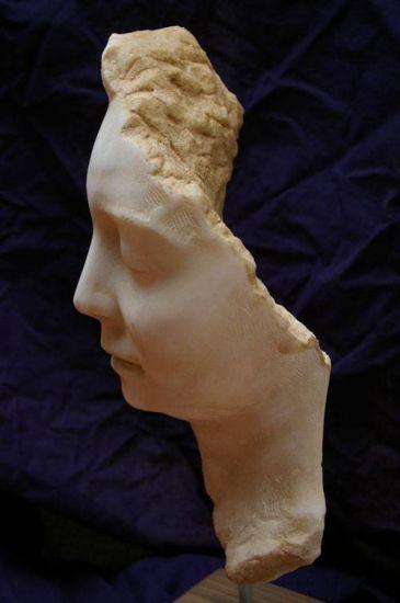 PENELOPE (20 anos despois) Mármol Figurativa