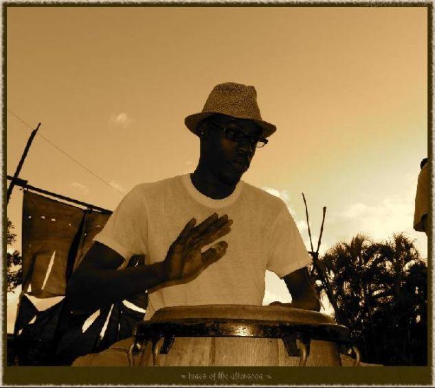 Tunes of the afternoon Viajes Blanco y Negro (Digital)