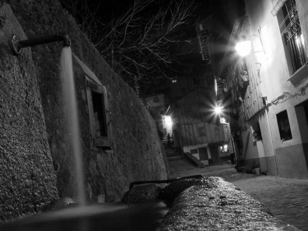 The source of life Blanco y Negro (Digital) Arquitectura e interiorismo