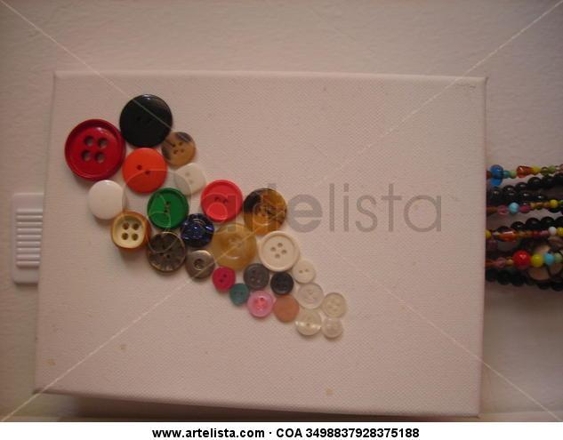 Grapes of Buttons Otros Media Mixta Lienzo