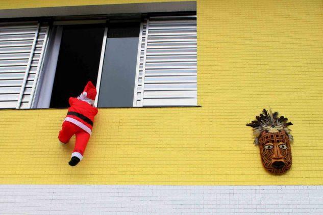 A BRAZILIAN CHRISTMAS II, 2009 Conceptual/Abstracto Color (Digital)