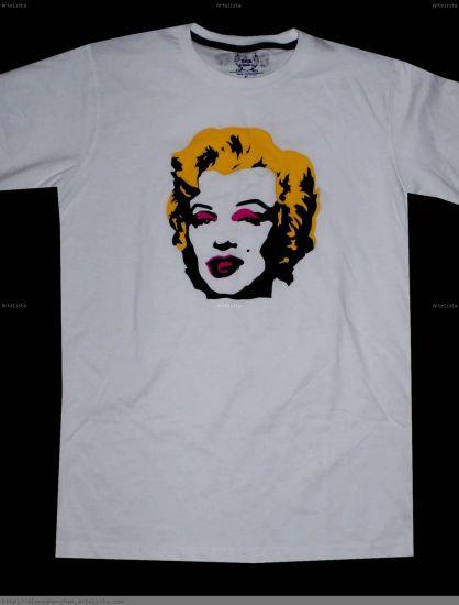 Camiseta modelo 74
